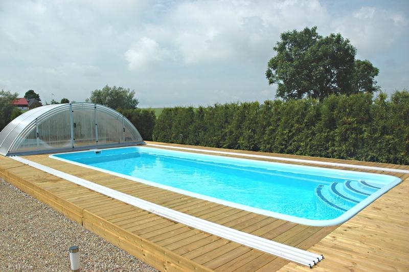 Angebot pools f r garten swimmingpools fertigschwimmbecken for Poolecke im garten